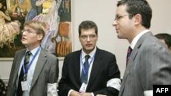 Бюро демократических институтов и прав человека при ОБСЕ (БДИПЧ), Парламентские ассамблеи ОБСЕ, Совета Европы и НАТО – это те организации, которым руководство Грузии 6 апреля направило официальную просьбу прислать наблюдательные миссии на парламентские вы