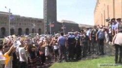 Երևանում շարունակվում են «տրանսպորտային» բողոքի ակցիաները