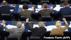 Голосование депутатов в Европейском парламенте. Страсбург, 26 марта 2019 года.