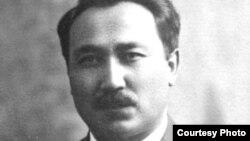 Сакен Сейфуллин, казахский писатель и поэт.