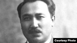 Қазақ жазушысы Сәкен Сейфуллин.