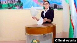 Өзбекстан. шайлоо участкасы. 21-декабрь.