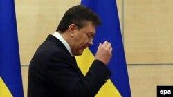 Янукович залишає прес-конференцію в Ростові-на-Дону 11 березня 2014 року