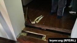 Tintüv vaqtında merdivenni qırdılar