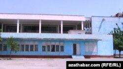 Orta mekdep, Türkmenistan