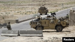 Ауғанстандағы халықаралық коалиция күштерінің әскери техникасы. Гильменд уәлаяты.