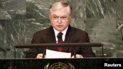 ՀՀ ԱԳ նախարար Էդվարդ Նալբանդյանը ելույթ է ունենում ՄԱԿ-ում, արխիվ
