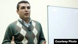 Ekspert Natiq Cəfərli