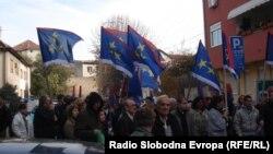 Zastave Vojvodine na skupu Lige socijaldemokrata Vojvodine