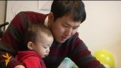 """""""Супер-папы"""" все чаще берут на себя заботу о воспитании детей"""