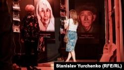 """""""1944"""" vesiqalı filmniñ numayışı. Kyiv, 2019 senesi mayıs 17"""