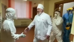 COVID-19 In Belarus: Lukashenka Visits Ward, Shakes Hands Without Mask Or Gloves