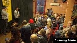 عازف العود العراقي أحمد مختار يتحدث في الأمسية