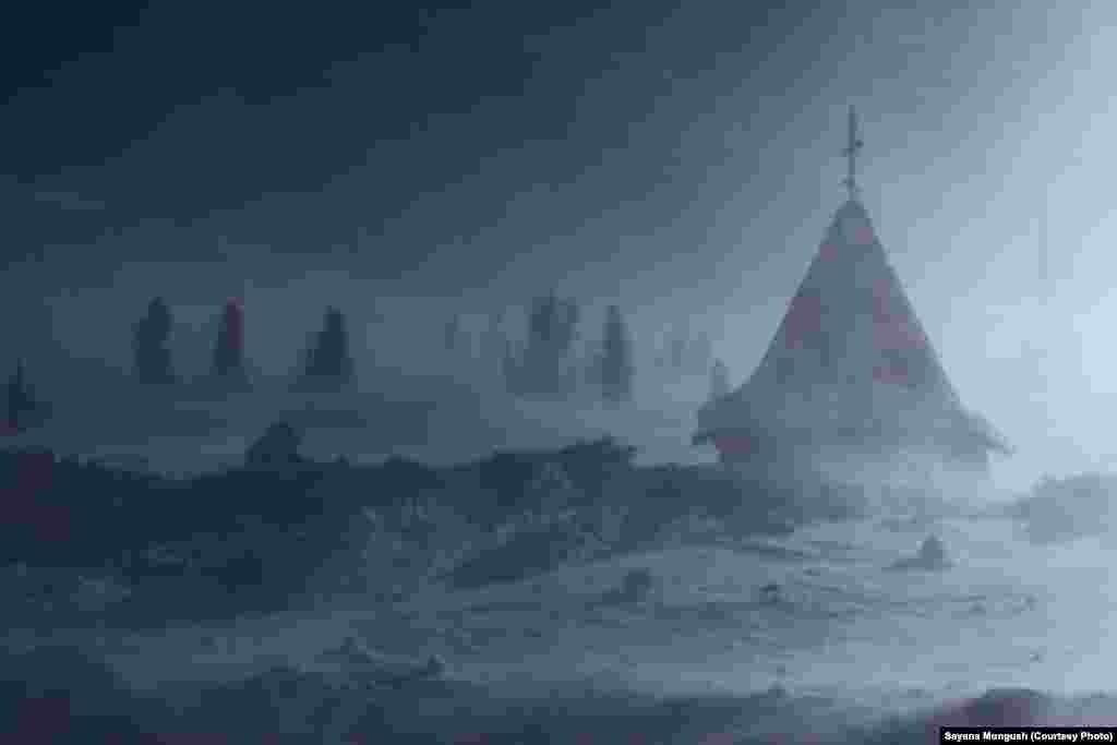 Часовня памяти Александра Лебедя на перевале Полка.
