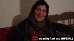Ясемен Зейналова, мать подозреваемого Орхана Зейналова. Азербайджан, Шамкирский район, 15 октября 2013 года.
