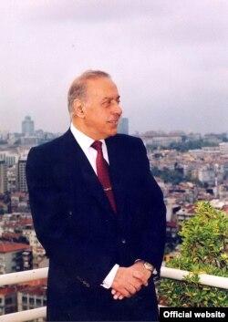 Гейдар Алиев, Баку, вторая половина 1990-х