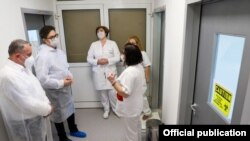 Претседателот Стево Пендаровски во посета на Институтот за јавно здравје