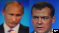 """Лидер партийного списка """"Единой России"""" Дмитрий Медведев (справа) и ее главный аргумент на предстоящих выборах"""