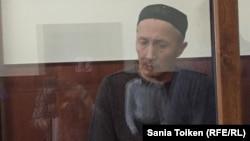 Абловас Джумаев слушает приговор суда. Актау, 20 сентября 2018 года.
