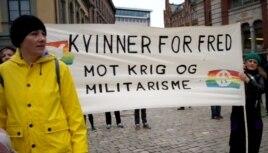 """""""Женщины за мир, против войны и милитаризма"""", 1 мая 2013 года"""