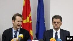 Меѓународниот монетарен фонд, чија делегација од денеска престојува во Македонија, за догодина предвидува раст од 2.7 проценти