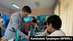 Алматыдағы сайлау учаскелерінің бірі. 9 маусым 2019 жыл.
