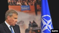 Дабири кулли паймони НАТО Яаап Де Хуп Схеффер