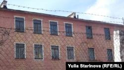 Здание Кадетского корпуса в поселке Кедровый