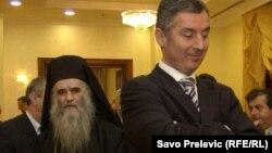Mitropolit Amfilohije i Milo Đukanović
