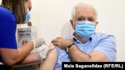 Амиран Гамкрелидзе вакцинировался препаратом Sinopharm