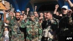 Сирия әскері Куейрис әскери базасын алған сәтте. Алеппо, 11 қараша 2015 жыл.