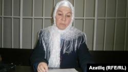 Фәүзия Бәйрәмова мәхкәмәдә чыгыш ясый