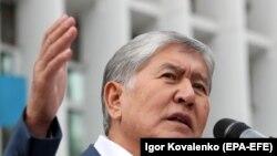 Бывший президент Кыргызстана Алмазбек Атамбаев. Бишкек, 19 июля 2019 года.