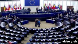 اعضای پارلمان اروپا همچنین خواستار پایان آزار و اذیت و تعقیب قضایی فعالان حقوق بشر و روزنامه نگاران و خانوادههایشان شدهاند.(عکس از آرشیو)