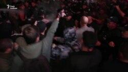 Протести й сутички біля клубу: в Одесі не відбувся концерт Лободи (відео)