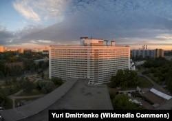 Один из корпусов общежития ДАС МГУ на улице Шверника. Фото: Юрий Дмитриенко