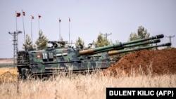خودروهای زرهی ارتش ترکیه در مناطق مرزی سوریه