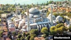 ایاصوفیه یک عبادتگاه تاریخی واقع در استانبول