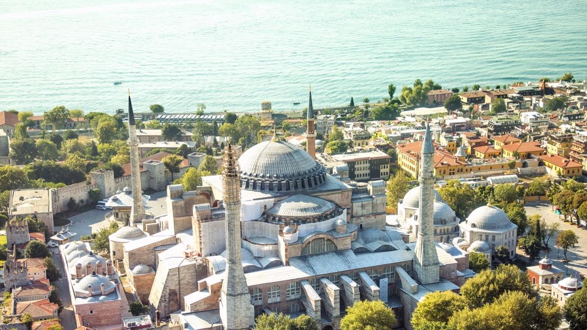 Мечеть вместо музея. Для чего на самом деле Эрдогану изменение статуса собора Святой Софии? (видео)