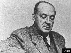Postmodernist yazar Vladimir Nabokov