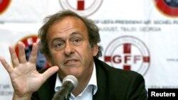Шефот на УЕФА Мишел Платини
