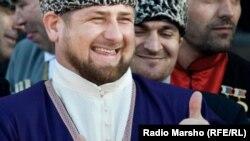 После появления видео с извинениями в сети начался флешмоб, идея которого принадлежит редактору информагентства «Политсовет», предложившему, чтобы «каждый честный человек» написал «Кадыров – позор России»