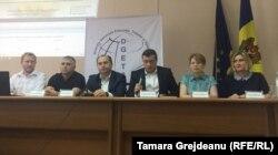 Participanții la dezbaterea Direcției Generale Educație