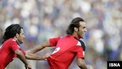 علی کریمی یکی از بازیکنان تیم پرسپولیس. عکس تزئینی است.