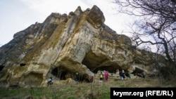 Печери Тепе-Кермена