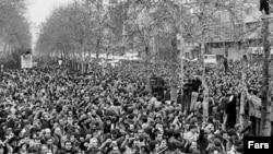 تصویری از انقلاب ۱۳۵۷