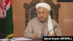 عبدالله قرلق، والی تخار