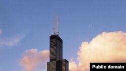 Биринчи көп кабаттуу имарат 1884-жылдын 1-майында Чикаго шаарында курулган.