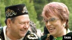 Валентина Матвиенко с коллегой - губернатором Ленинградской области Валерием Сердюковым.
