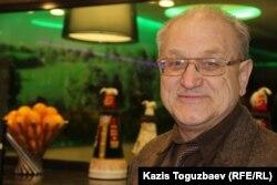 Риддерлік құқық қорғаушы Александр Харламов. Алматы, 31 қаңтар 2015 жыл.